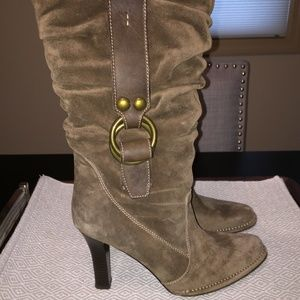 EUC $500 COACH Noreen Slouch Suede Boot